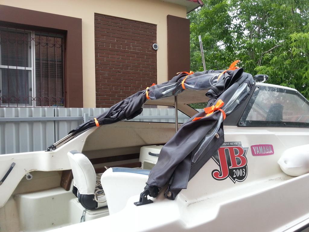 Изготовление, пошив тента-трансформера на лодку Yamaha в Томске