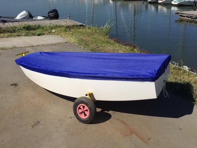 Транспортировочный тент на парусную лодку